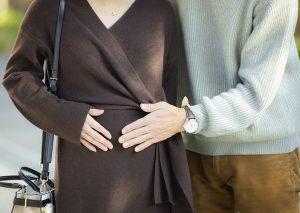 不倫中に妊娠が発覚!重大なトラブルにならないためにそれぞれが考えるべき方法を弁護士が解説します。